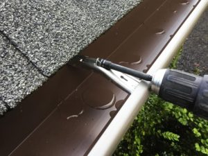 Hidden Rain Gutter Bracket