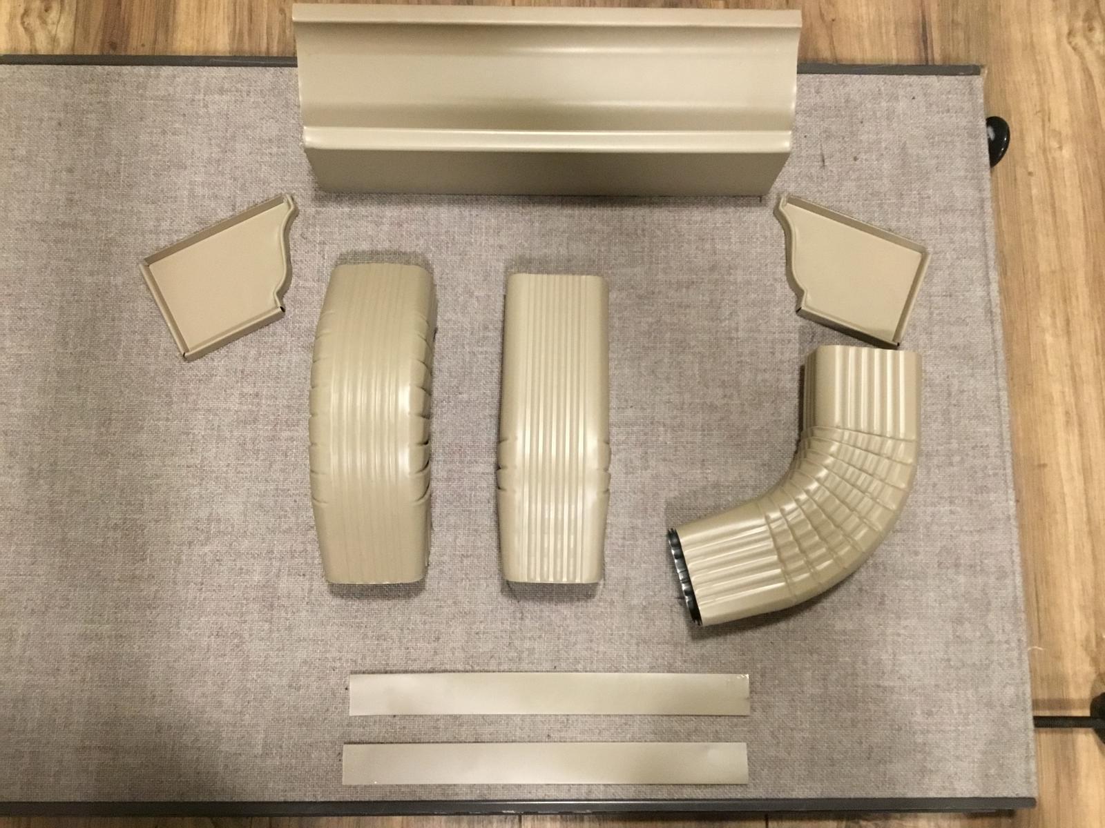 (09) - Sandal Wood Gutters